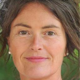 Susanne Weiss Portrait